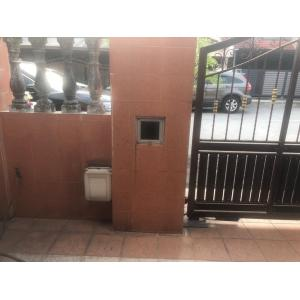 Partial Furnished 2-Storey House for Sale, Jln Ipoh.